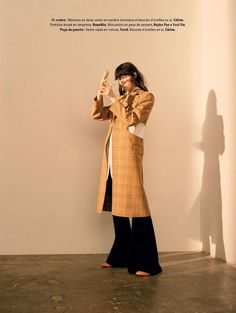 'Shadowplay' Karo Laczkowska by Piczo for Jalouse, March 2017 Fashion Story, Fashion Outfits, Celine, Fashion Photography Inspiration, Fashion Project, Winter Outfits Women, Autumn Street Style, Layout, Editorial Fashion