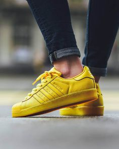 Superstar Adicolor #yellow