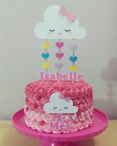 Bolo mais fofo! ☔☔ #chuvadeamor #bolodechantilly #bolorosa #fuxicosdechantilly #pinkcake #degraderosa #scrapcake #arteempapel…