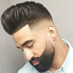 Browse for the coolest haircuts for men 2017 - Our best guide for those who are searching the new men's hairstyles. Beard Styles For Men, Hair And Beard Styles, Short Hair Styles, Cool Haircuts, Haircuts For Men, Dress Hairstyles, Cool Hairstyles, Latest Hairstyles, Mens Clipper Cuts