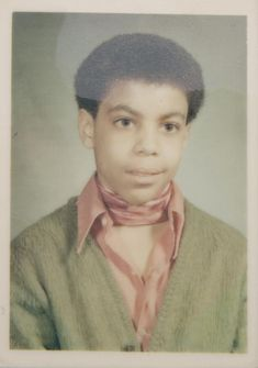 50 Rare, Weird and Wonderful Celebrity Photos 50 seltene, seltsame und wunderbare Promi-Fotos – Joyenergizer Prince Purple Rain, Prince Rogers Nelson, Celebrity Babies, Celebrity Photos, Celebrity Mugshots, Pictures Of Prince, Prince Images, Jazz, Hip Hop