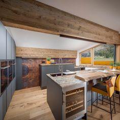 Küche & Essbereich Küchen Design, Kitchen Island, Table, Furniture, Kitchen Ideas, Home Decor, Kitchen Black, Kitchen Contemporary, Home Kitchens