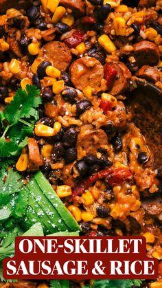 Sweet Potato Burrito, Chicken Burrito Bowl, Chicken Burritos, Rice Recipes, Healthy Recipes, Cooking Recipes, Healthy Food Options, Sausage Recipes, Healthy Meals