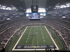 There are TV screens throughout the facility, making it virtually impossible to miss a play on the field no matter where you are in the stadium.like the concession stand, bathroom, etc. Dallas Cowboys Images, Cowboys Stadium, Cowboy Images, Making The Team, Team 2, Football Fans, Baseball Field, Cheerleading, Wallpapers
