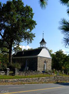 Sleepy Hollow Church, slimpaley.com