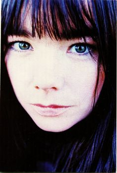 Bjork the best female NON-POP musician vocalist! Cool Attitude, Mazzy Star, Charming Eyes, Music Icon, Female Singers, Music Artists, Style Icons, Portrait Photography, Cool Stuff