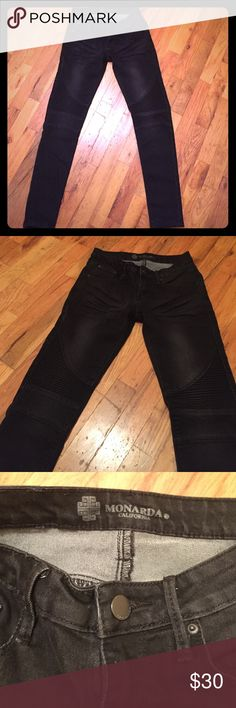 Moto skinny jeans Monardo CA brand Moto skinny jeans. Cute Moto accent on knees. Slightly faded coal color. Worn 2-3 times max. Super cute for fall and winter. Jeans Straight Leg
