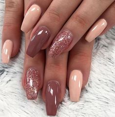 There are three kinds of fake nails which all come from the family of plastics. Acrylic nails are a liquid and powder mix. They are mixed in front of you and then they are brushed onto your nails and shaped. These nails are air dried. Pink Nails, My Nails, Red Nail, Ombre Nail, Black Nail, Bio Gel Nails, Maroon Nails, Grow Nails, Red Ombre