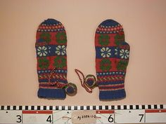 Samisk vante fáhttsa/fáhtsa Saami mitten Before starting to knit Saami mittens please read this https://www.pinterest.com/pin/326088829248388631/
