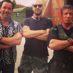 #ArnoldSchwarzenegger #PatrickHugues et #SylvesterStallone prennent la pose sur le tournage de #TheExpendables3