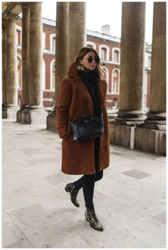 winter business outfits to be the fashionable woman in your office 40 ~ my. winter business outfits to be the. Winter Coat Outfits, Cute Spring Outfits, Winter Fashion Outfits, Look Fashion, Autumn Winter Fashion, Fall Fashion, New York Winter Outfit, New York Winter Fashion, Mode Outfits
