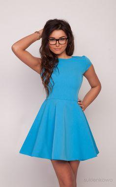 Sukienkowo.pl - Usztywniana rozkloszowana sukienka niebieska LEA