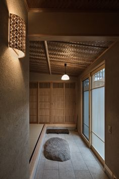 Modern Japanese Interior, Japanese Modern House, Traditional Japanese House, Asian Interior, Japanese Home Decor, Traditional Interior, Kyoto, Sustainable Architecture, Interior Architecture