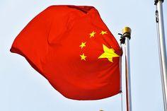Si no puedes con el enemigo, sustitúyelo: China prepara su propia Wikipedia con más de 300.000 entradas  Internet no es la red de redes en China desde hace más de una década, desde que en 2003 se habilitó el Gran Cortafuegos para aplicar una censura a la red restringiendo la navegación.   #gadget #tecnologia