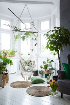 Create a relaxing corner to curl in up with a macrame hammock and plenty of indoor plants Decor Room, Bedroom Decor, Cozy Bedroom, Decoration Plante, Home Decoration, Room With Plants, Home And Deco, Plant Decor, Interior Design Inspiration