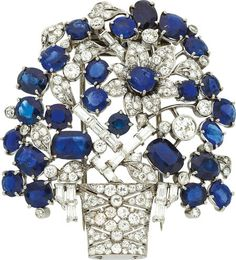 Estate Jewelry:Brooches - Pins, Diamond, Sapphire, Platinum Clip-Brooch The br... Image #1
