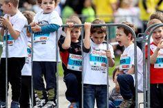 """08. April 2017: """"Hinter Gittern. Kindermarathon. Linz."""" Mehr Bilder auf: http://www.nachrichten.at/nachrichten/fotogalerien/weihbolds_fotoblog/ (Bild: Weihbold)"""