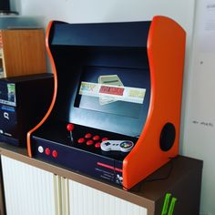 A #retropie powered #bartop #arcade #machine running on a #raspberrypi 🕹️ #customarcademachines #gaming #gamesroom #mancave #boystoys