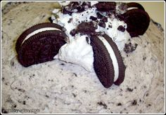 Oreo pie....quick, easy, and fabulous for a quick dessert to indulge guests with