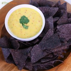 Clinton Kelly's Spicy #QuesoDip #TheChew