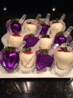 Lovey Berries - Vodka Infused Chocolate Covered Strawberries