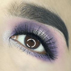 21 Purple Eyeshadow Looks for Brown Eyes > CherryCherryBeauty.com • Source: oribelface / Instagram