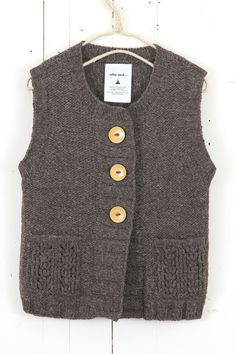 button vest ++ niko and...