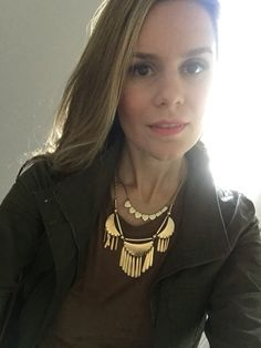 Lotd, ootd- enjoying so much this military jacket- Marshalls, and suede T dress- Ross. Charlotte Russe necklace. To adorando a moda de jaqueta militar e items em tecido camurça. TBT