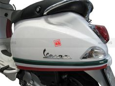Vespa LX panels flag sticker - they have this as the mod target colors