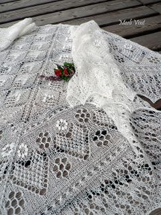 Estonian shawl