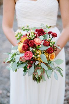 Fall wedding #bouquet #dahlias | Photography: http://theredflystudio.com | Floral Design: www.twigsleavesflowers.com