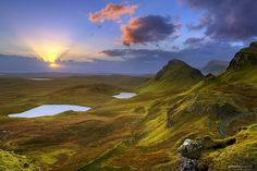 Another image of Isle of Skye, Scotland.  In my mind's eye....this is what Heaven will look like, to me.  I just want to go to both places!  :-) *sigh*