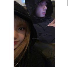Bts Kookie, Bts Taehyung, Kpop Couples, Cute Couples, Lisa Black Pink, Bts Imagine, Fan Edits, Blackpink And Bts, Blackpink Photos