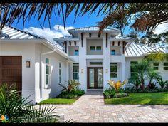 Florida Homes Exterior, Florida House Plans, Miami Houses, Home Design Plans, Architect Design, Beach House Decor, Jupiter Fl, Building A House, New Homes