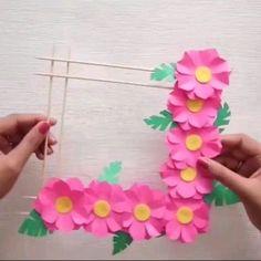 Paper Flower Bouquet Craft for Kids Papierblumenstrauß Basteln für Kinder Pop Up Flowers, Paper Flowers Diy, Flower Crafts, Butterfly Crafts, Diy Paper, Diy Home Crafts, Handmade Crafts, Crafts For Kids, Art For Kids