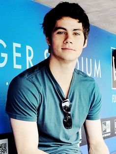 Dylan O'Brien, I like your messy hair.