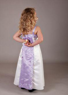 3e112146d40 Tolle Kleider für Blumenmädchen ceile Kleiderverleih für Kinder