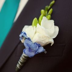 Save on Boutonnieres! Buy Wedding Boutonniere, Groom Boutonniere, Groomsmen Boutonnieres and Discount Wedding Flowers at BunchesDirect Australia Boutonnieres, Hydrangea Boutonniere, Groomsmen Boutonniere, Corsage And Boutonniere, Groom And Groomsmen, Wedding Boutonniere, Groom Attire, Modern Wedding Flowers, Prom Flowers