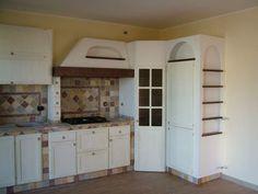 Cucina eff. muratura angolare con dispensa