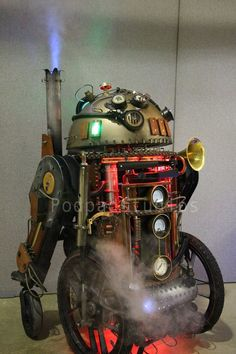 (97) Steampunk Tendencies - Steampunk R2D2 https://www.steampunkartifacts.com