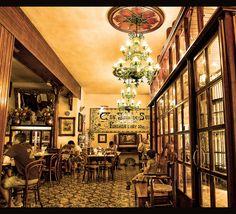 PALMA DE MALLORCA - C'an Joan de S'Aigo - .La mejor ensaimada de Palma!. Es típico tomar ensaimada o cuarto con chocolate!