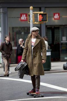 vintage coat × longboard streetstyle
