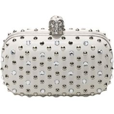 Alexander McQueen Studs & Swarovski Faceted Skull Box Clutch (19.250 NOK) ❤ liked on Polyvore featuring bags, handbags, clutches, purses, alexander mcqueen, bolsas, bone, alexander mcqueen purse, hand bags and handbags purses