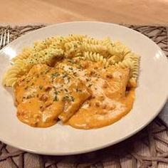 (3) Tejfölös hús | Alajuli receptje - Cookpad receptek Macaroni And Cheese, Ethnic Recipes, Foods, Food Food, Mac And Cheese, Food Items