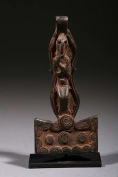 Africa | A bronze pendant from the Dogon people of Mali | ca. 40 yrs old | 75€