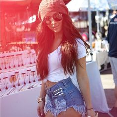 clothes, outfit, beanie, hat, sunglasses, studded shorts, highwaisted shorts, Tumblr