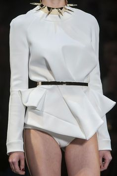 Tailored Sweatshirt with asymmetric cut & gold accessories - white fashion details // Alexandre Vauthier