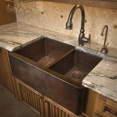 Awesome hammered copper sink! http://amzn.to/2saX2w8