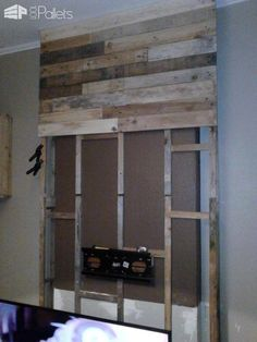 Wall from Pallet Wood / Mur En Bois De Palettes Wall from Pallet Wood / Mur En Bois De Palettes Pallet TV Stand & Rack Pallet Walls & Pallet Doors The post Wall from Pallet Wood / Mur En Bois De Palettes appeared first on Pallet Diy. Wooden Pallet Wall, Pallet Door, Pallet Walls, Wooden Pallets, 1001 Pallets, Wall Wood, Pallet Boards, Wood Walls, Tv Stand Rack