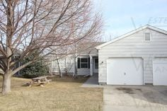 3 Bed 1 Bath Duplex - Billings MT Rentals   3329 Lynn Ave 3 bedroom 1 bath duplex with 1 car garage patio Shared fenced yard No Pets/No Smoking Available for Showings Occupancy after 3/24/17! $895  Electric Deposit $900 1 year lease   Pets: Not Allowed   Rent: $895.00 per month   Call Western Management at 406-252-1309